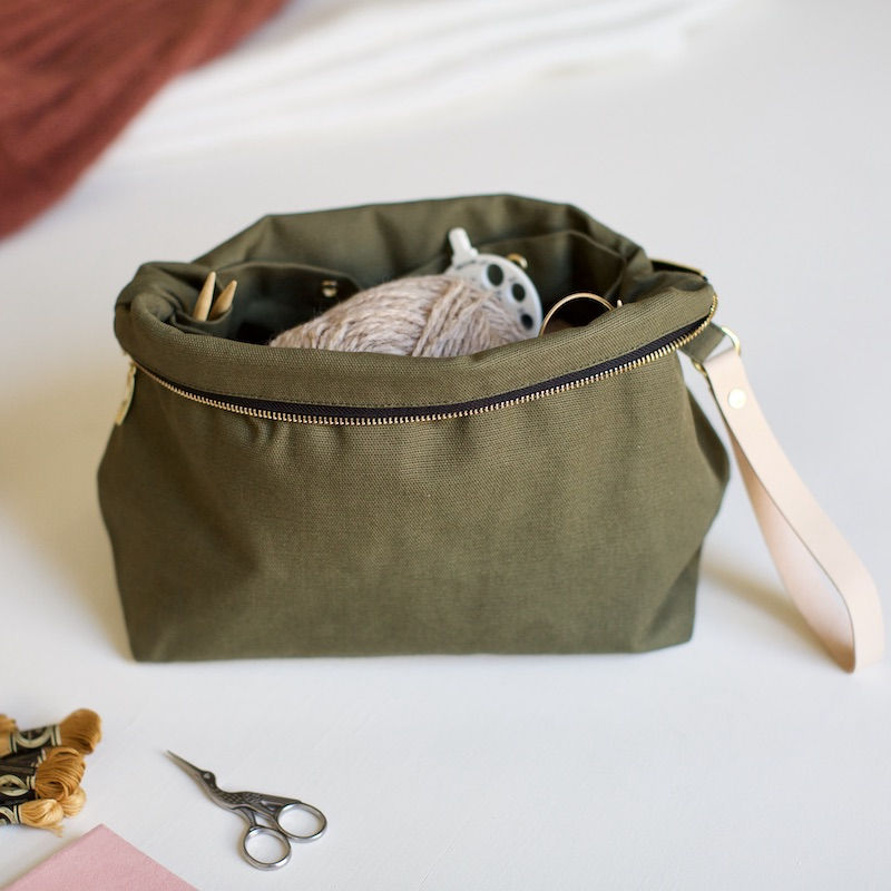 knitting pouch from plystre in khaki