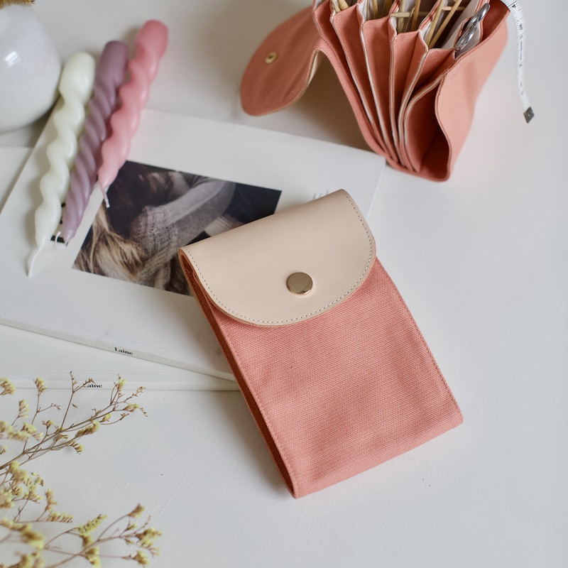 organisere rundpinner, coral pink, fra plystre